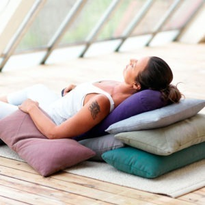 Restorative Yoga - Annika Valton @ usyoga | Västra Götalands län | Sverige